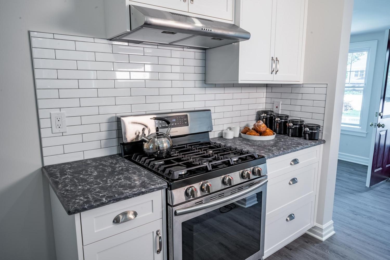 empire-custom-cabinets-countertops-custom-kitchen-1