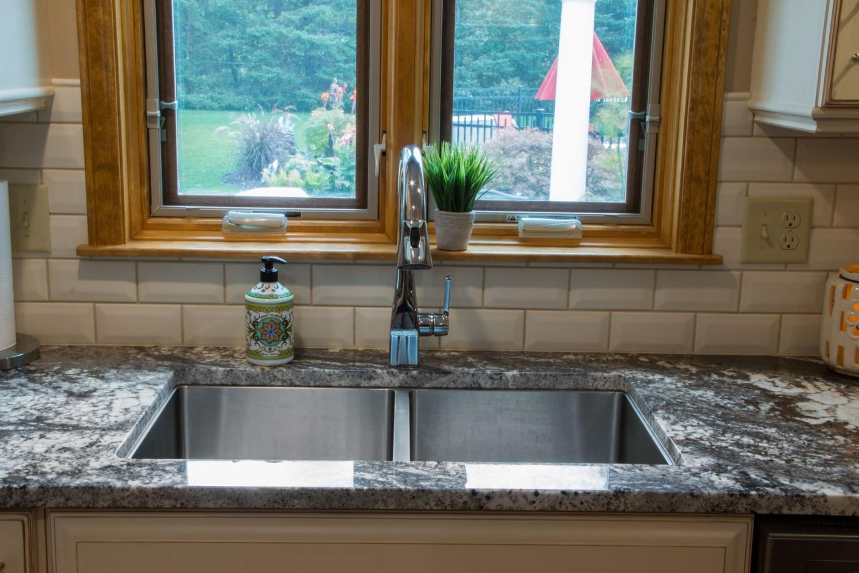 kitchen_granite_Amarone_modern_2