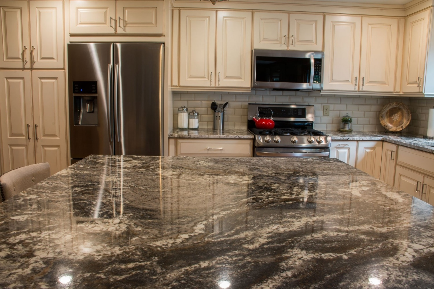 kitchen_granite_Amarone_modern_4